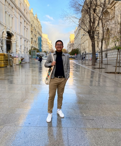 Le Tran studying abroad in Madrid, Spain!